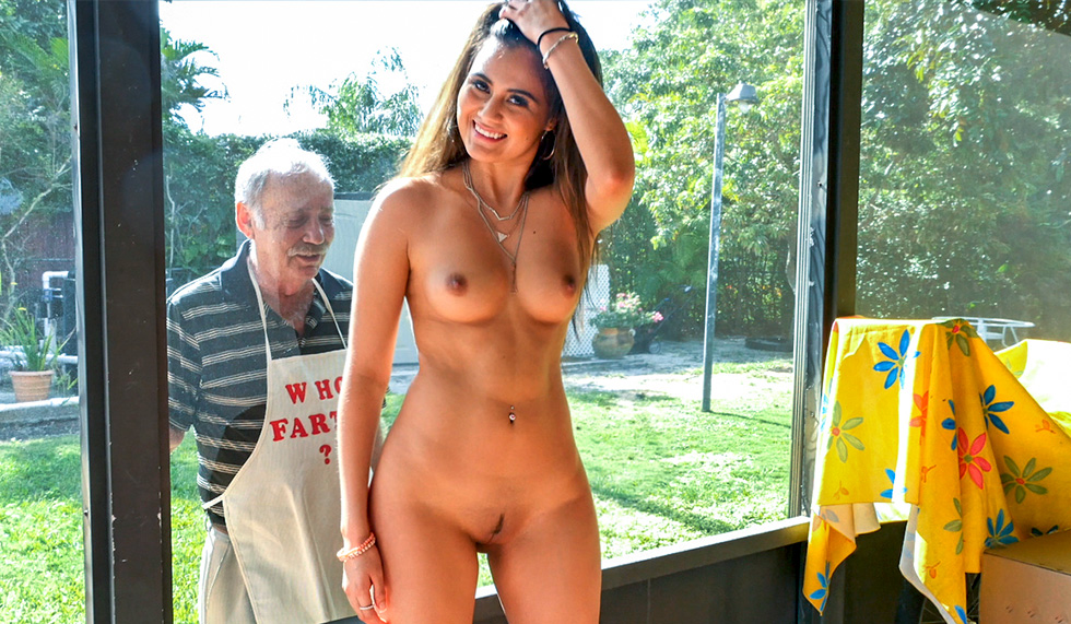 Girls fighting nude lose clothes videos